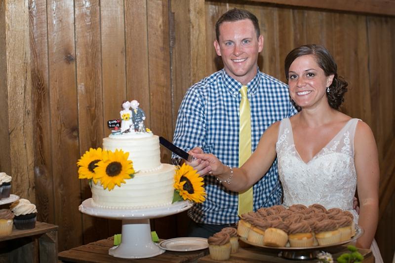 Harvest_View_Barn_Wedding_Lancaster_46