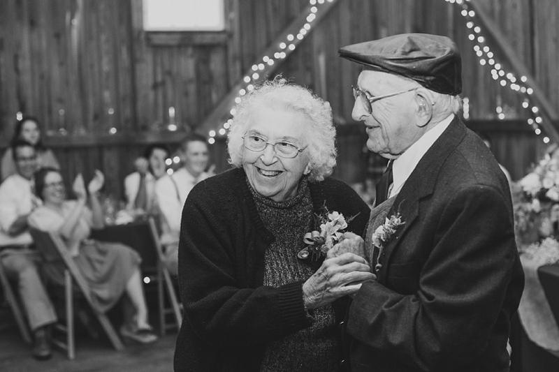 Lancaster_PA_rustic_wedding_photography_44