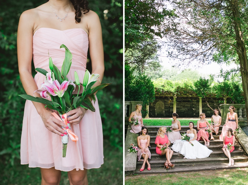 Emilie found these super cute clutches from Etsy–her gift to the bridesmaids!