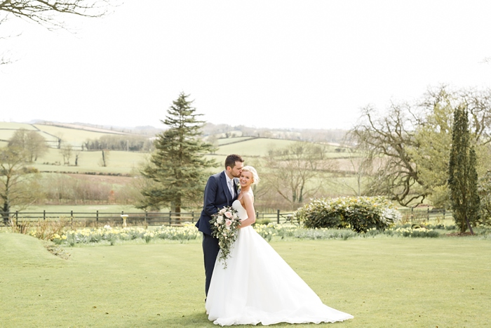 Belfast_Northern_Ireland_Wedding_TullyVeery_House_21.jpg