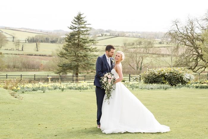 Belfast_Northern_Ireland_Wedding_TullyVeery_House_24.jpg