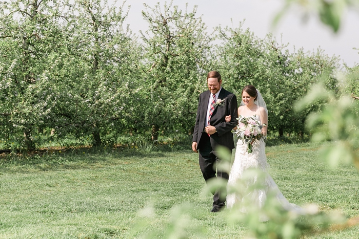 Outdoor_Spring_Apple_Orchard_Wedding_20.jpg