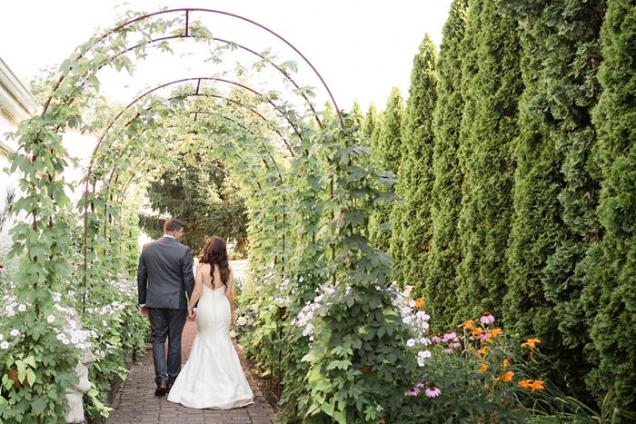 Inn_at_Leola_Village_Lancaster_Wedding_23.jpg