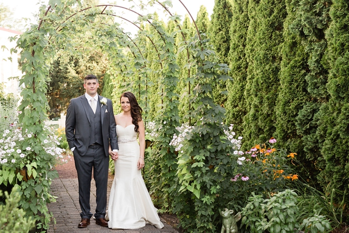 Inn_at_Leola_Village_Lancaster_Wedding_32.jpg
