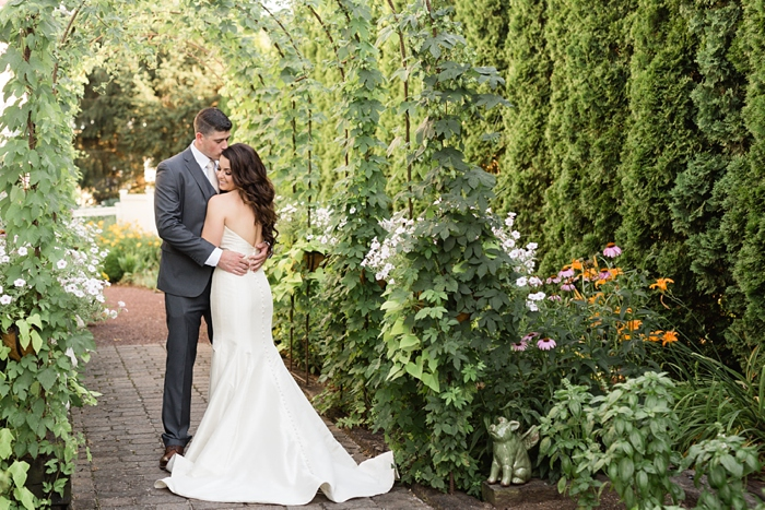 Inn_at_Leola_Village_Lancaster_Wedding_34.jpg
