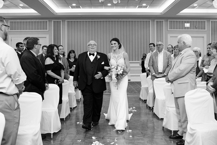 Country_Club_of_York_PA_Wedding_24.jpg