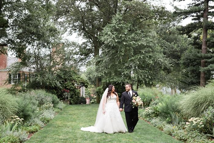 Drumore_Estates_Lancaster_PA_Garden_Wedding_13.jpg