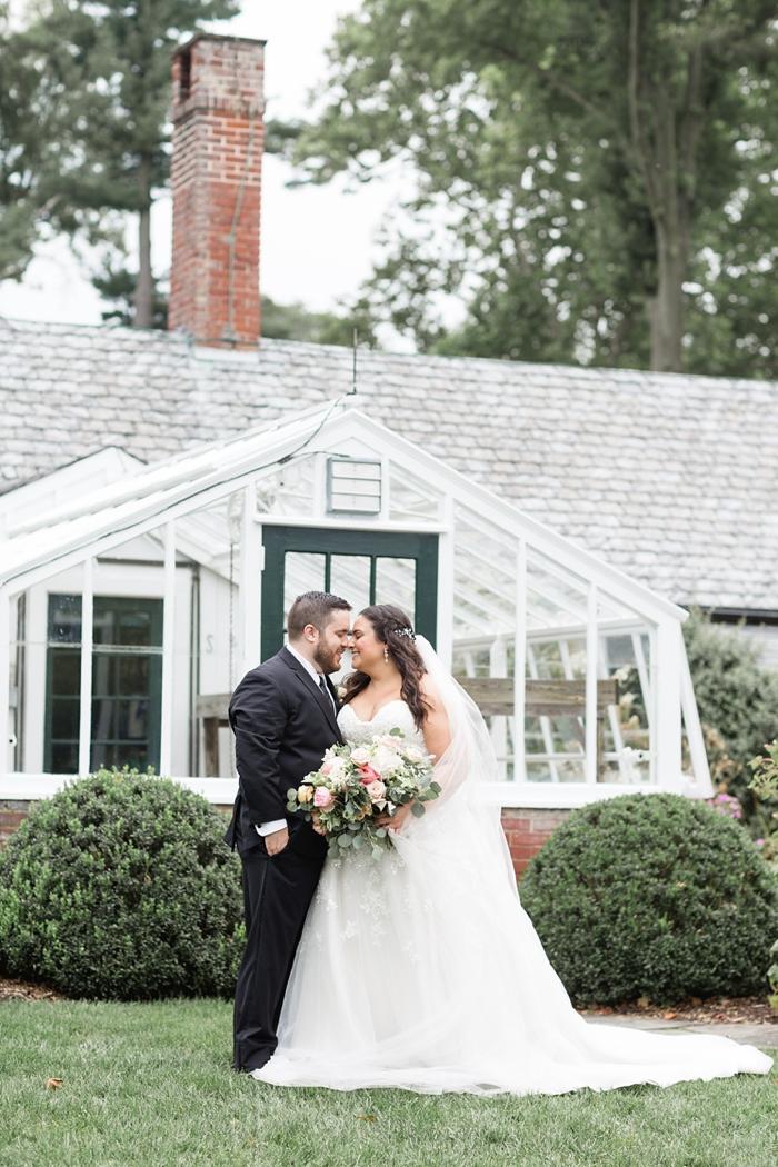Drumore_Estates_Lancaster_PA_Garden_Wedding_18.jpg