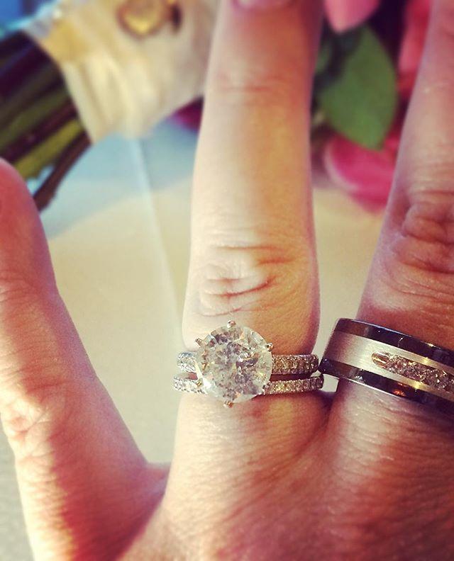 ICE, ICE, Baby! Time to shoot the rings, don't mind if I do! 💕📸 💍📸⛪️🎉💕 #wedding #highendbride #highendwedding #engaged #weddingvideo #weddingcinematographer #platnium #platinumweddings #weddingbands #bouquet #huffpostgram #huffingtonpost #igboston #creatingthedream