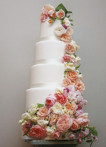 wedding-cakes-in-bath-bath-funtion-rooms-006