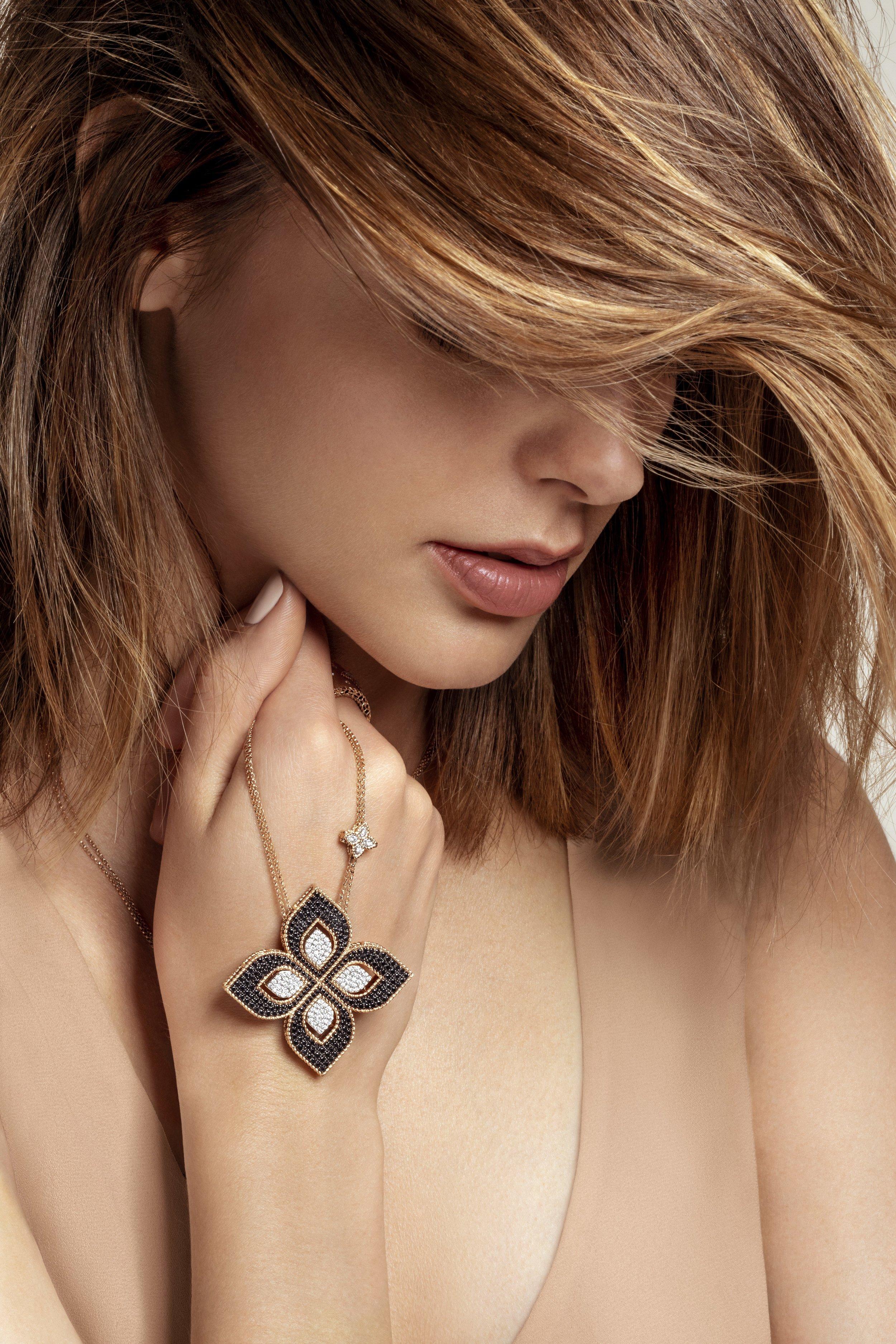 nyc_fashion_photographer_beauty_jewelry