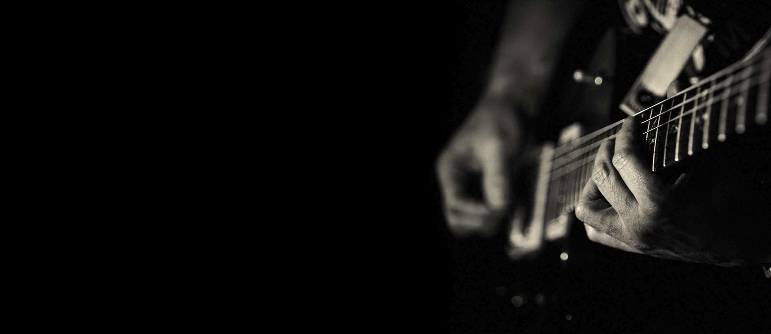 guitarist-bullets.jpg