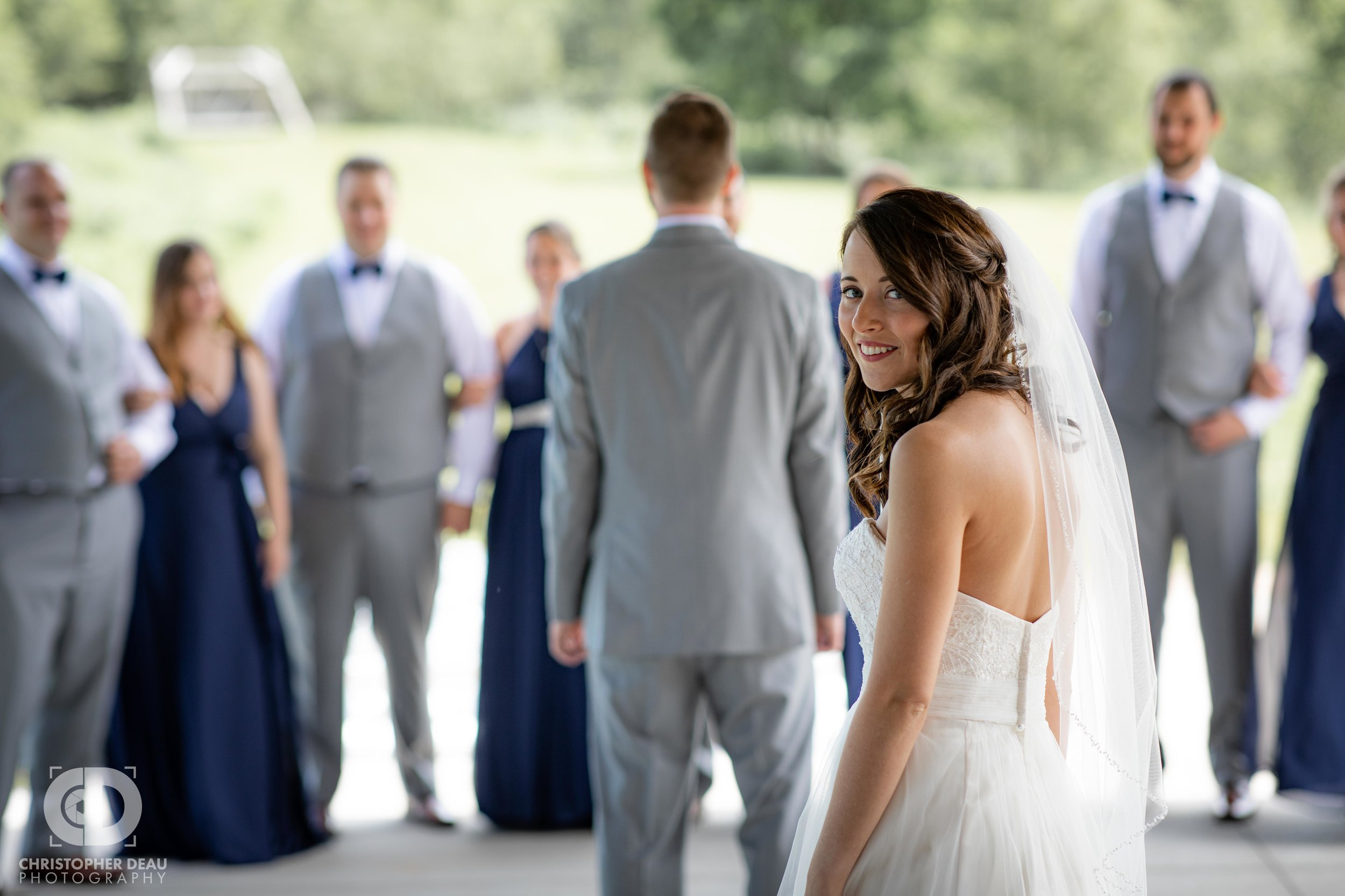 bride at first look
