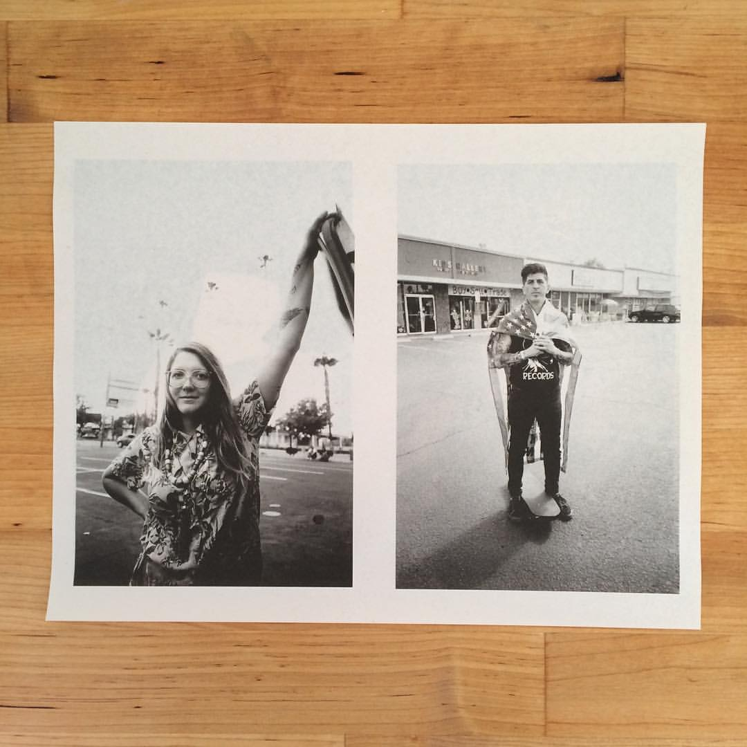 Running some test newsprint sheets through our new printer¡¡     Photos by David Kelling