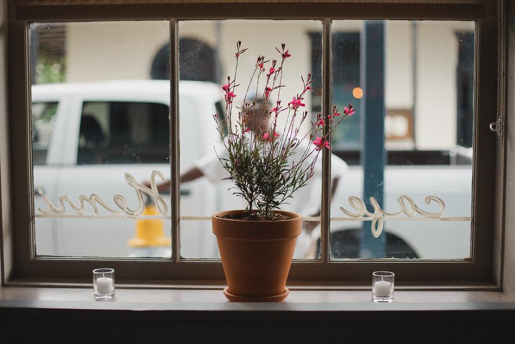 CAFE HENRI / WEB DESIGN / WEB DEVELOPMENT