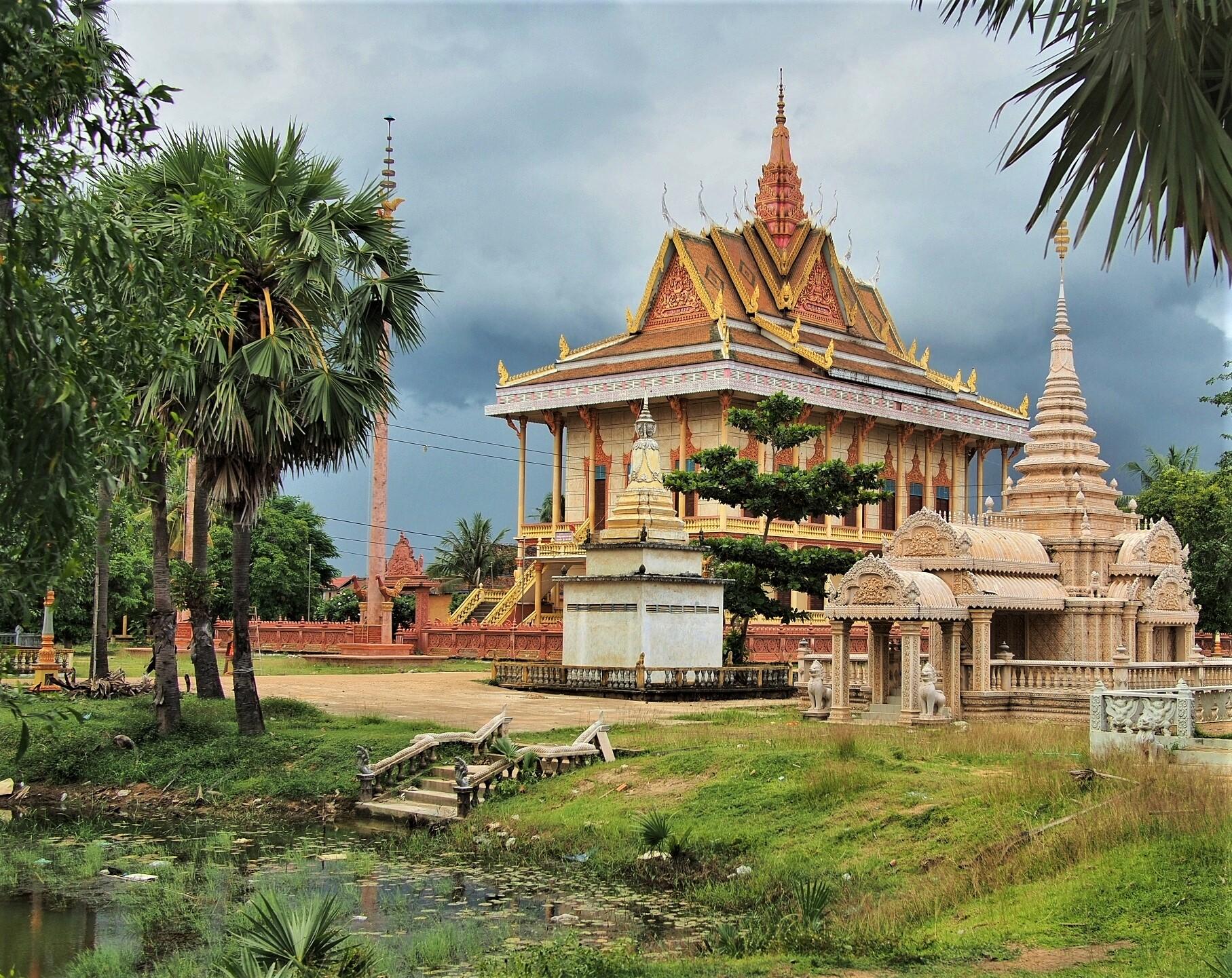 buddhist temple.jpeg