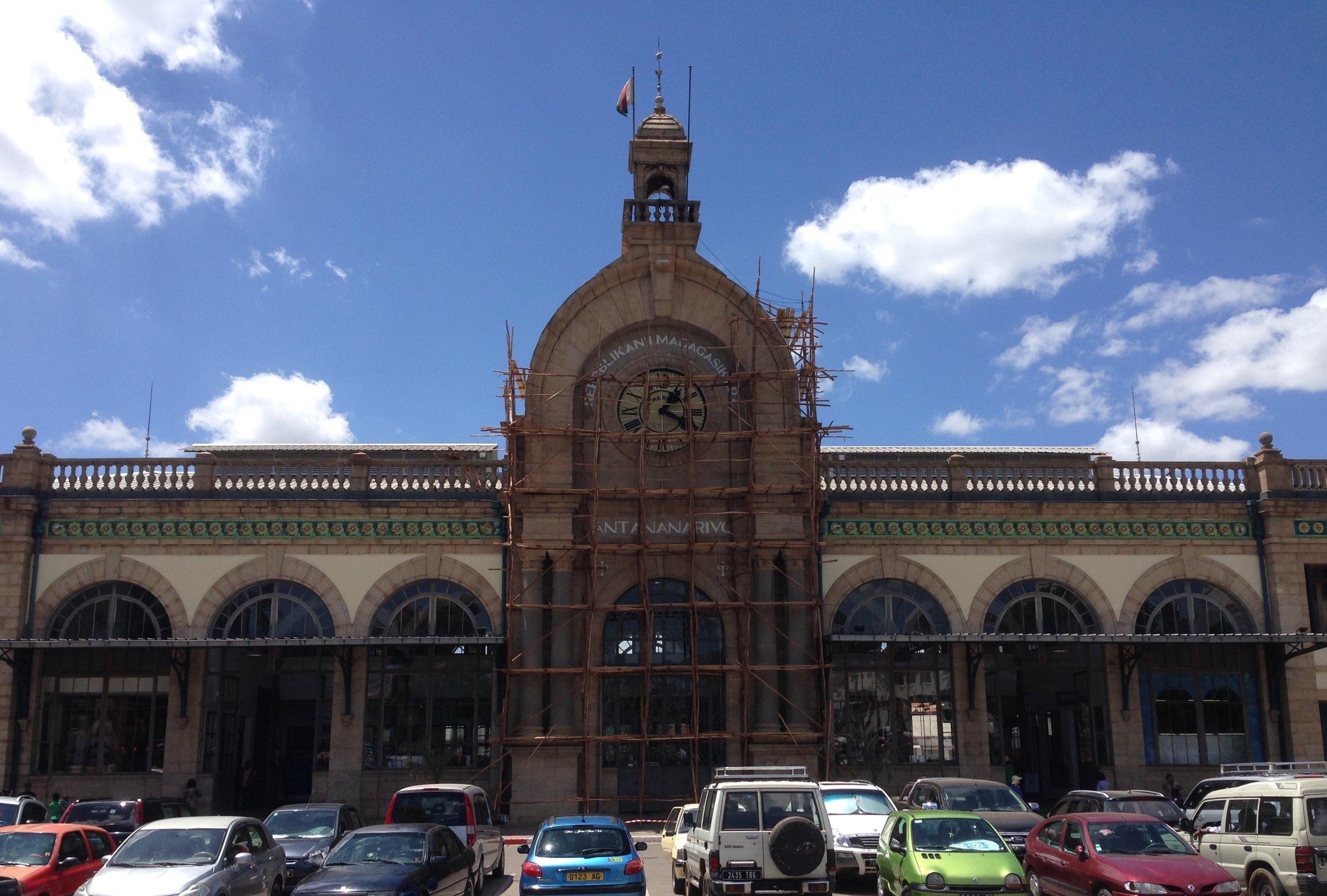 Soarano Train Station