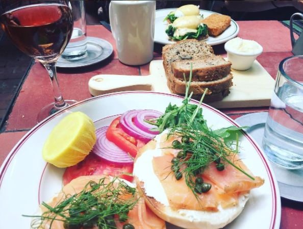 The Park's lox plate is LIFE.