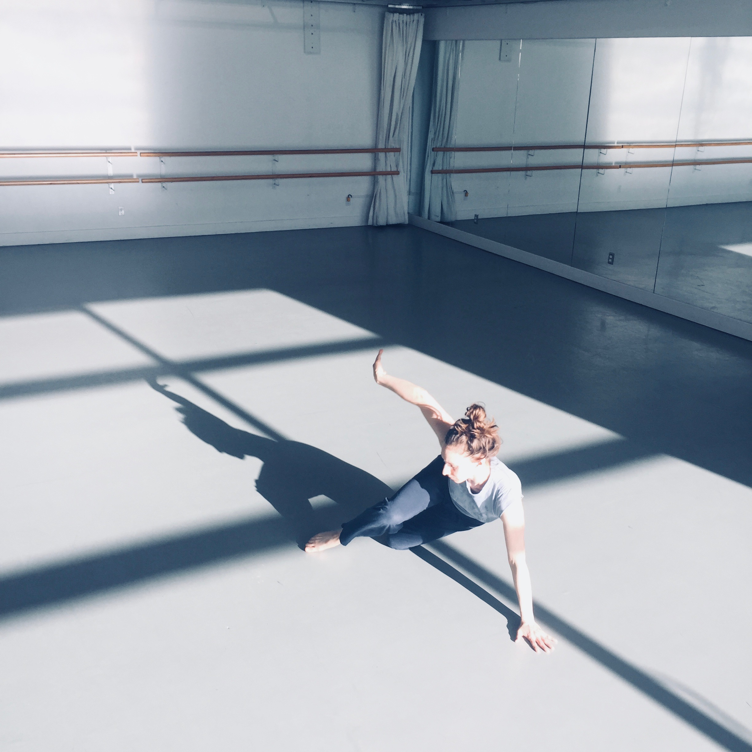 Sénescence  (in-process) Created and performed by Olivia Shaffer at 12 Minutes Max February 2018 image credit: Hilary Maxwell