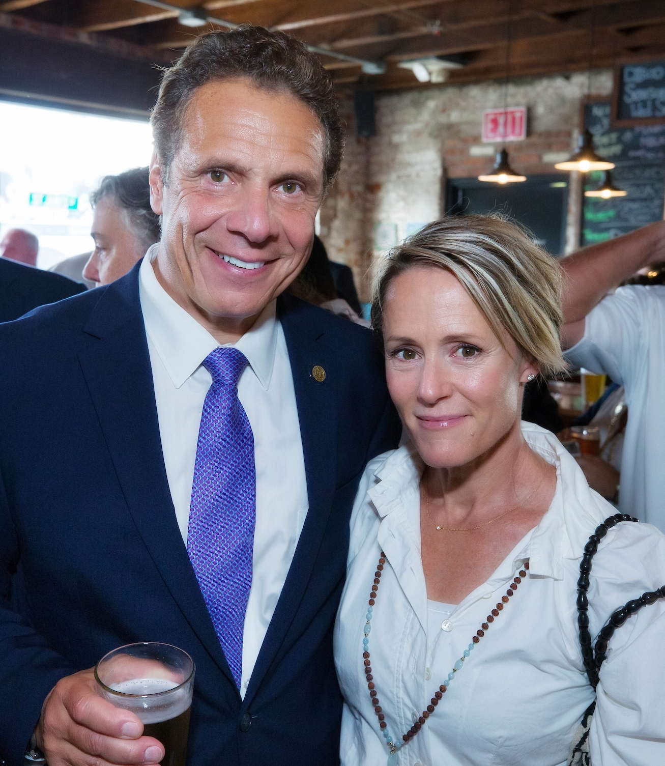 Pictured: New York State Governor Andrew M. Cuomo and Stockade Works founder Mary Stuart Masterson at Keegan Ales in Kingston. Photo by Philip Kamrass/ Office of Governor Andrew M. Cuomo.