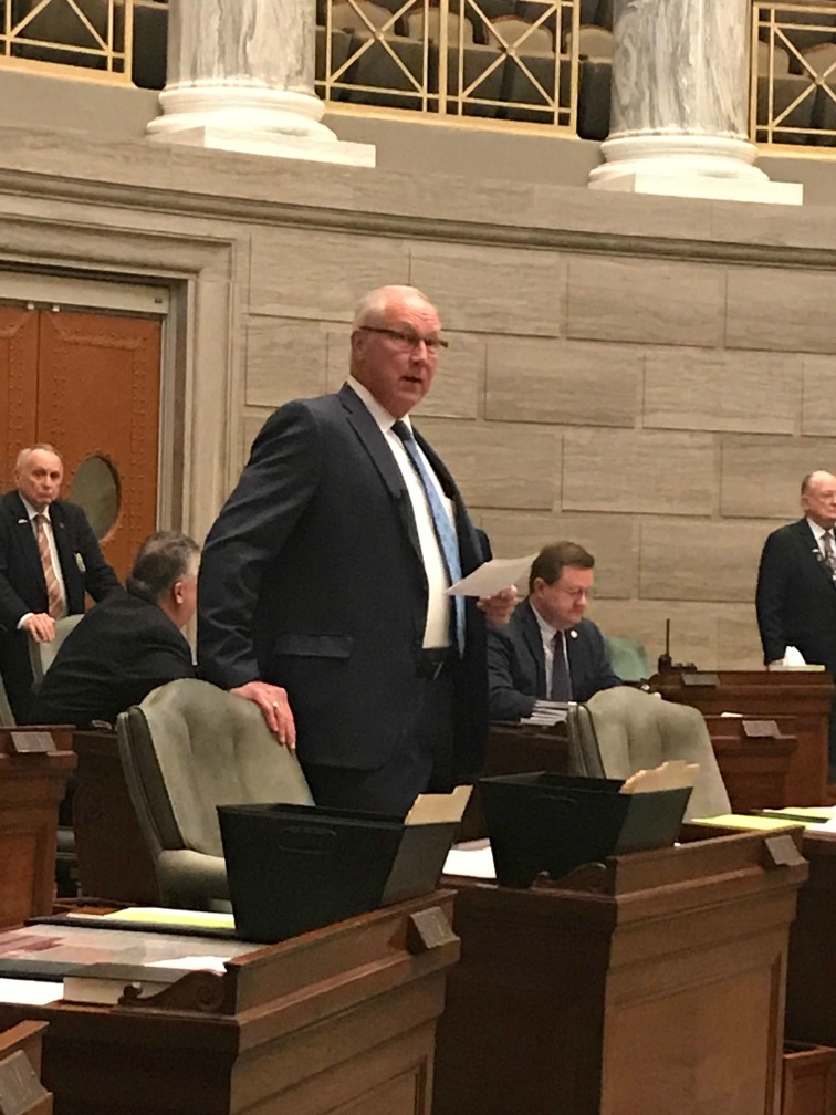 Sen. Mike Cierpiot introduces the Lee's Summit R-7 group on the floor of the Missouri Senate.