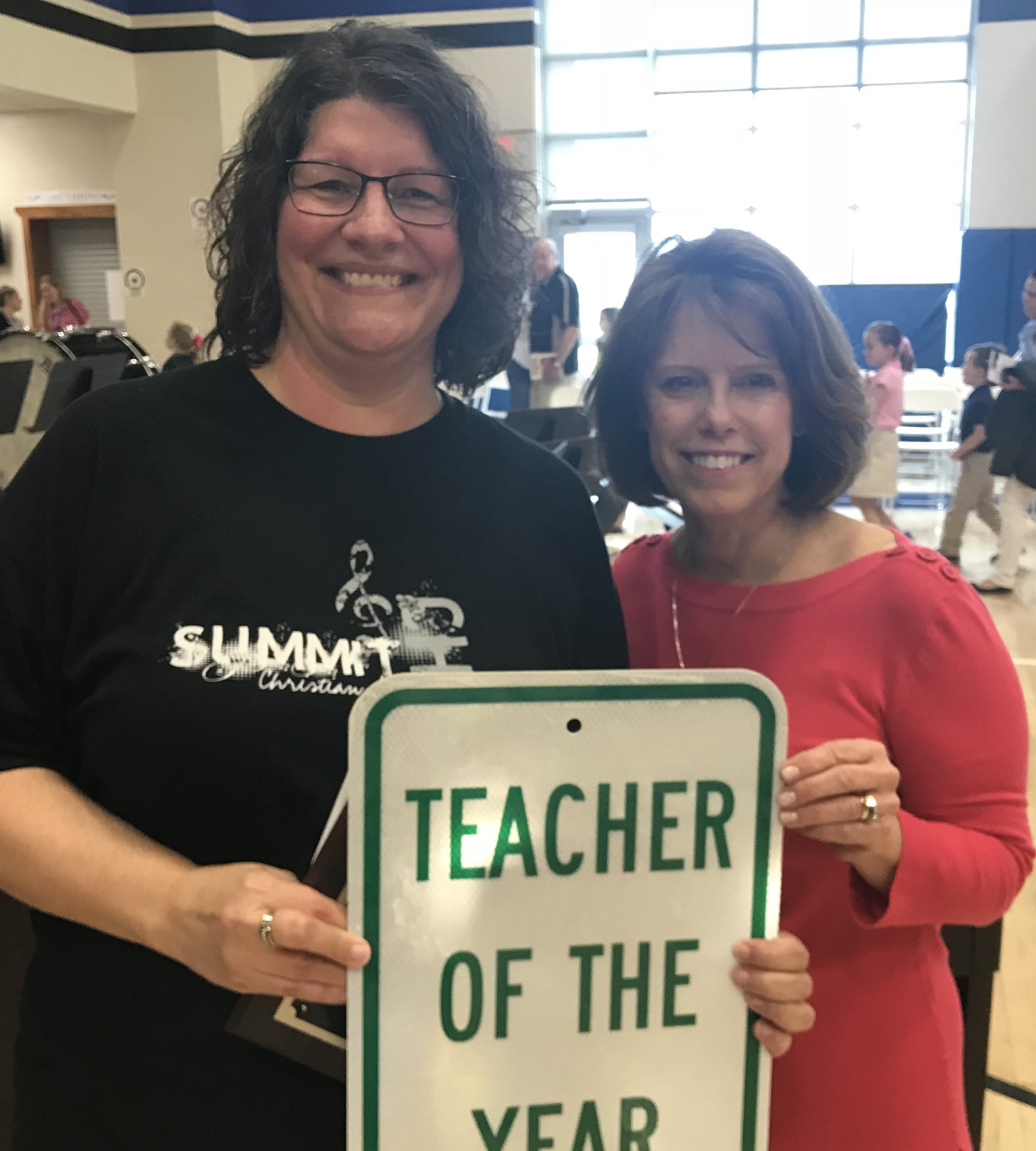 SCA 2018 Teacher of the Year, Secondary Vocal Music Teacher Trissa Lucht, pictured with SCA Head of School Linda Harrelson.