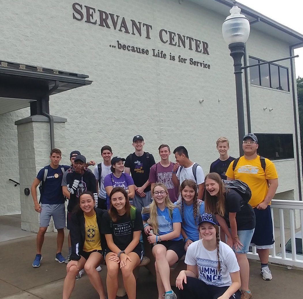 SCA seniors cleaned, painted, and did outdoor projects at Appalachia Bible College.