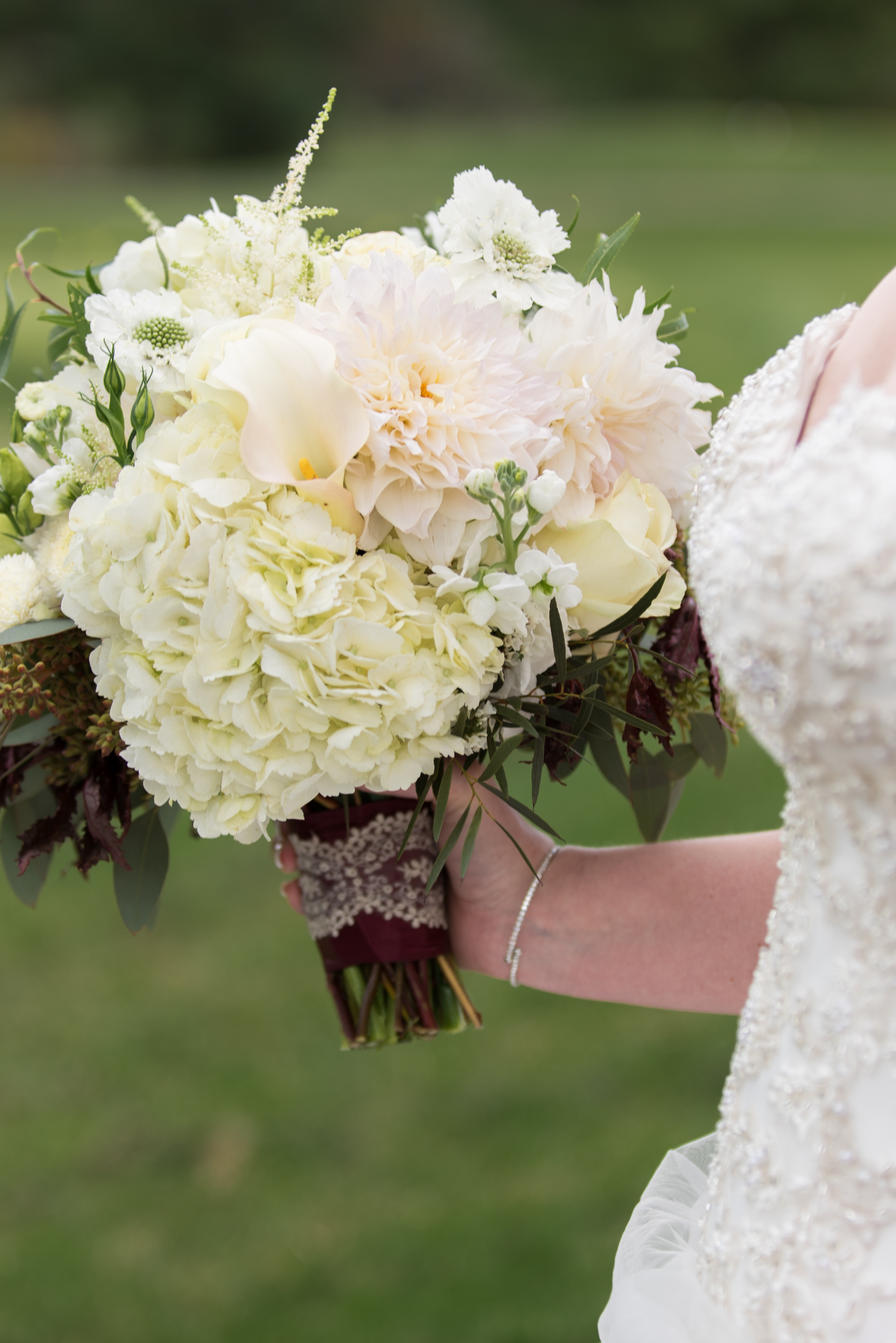 Megan&Hamilton.BridalPartyPortraits-101.JPG