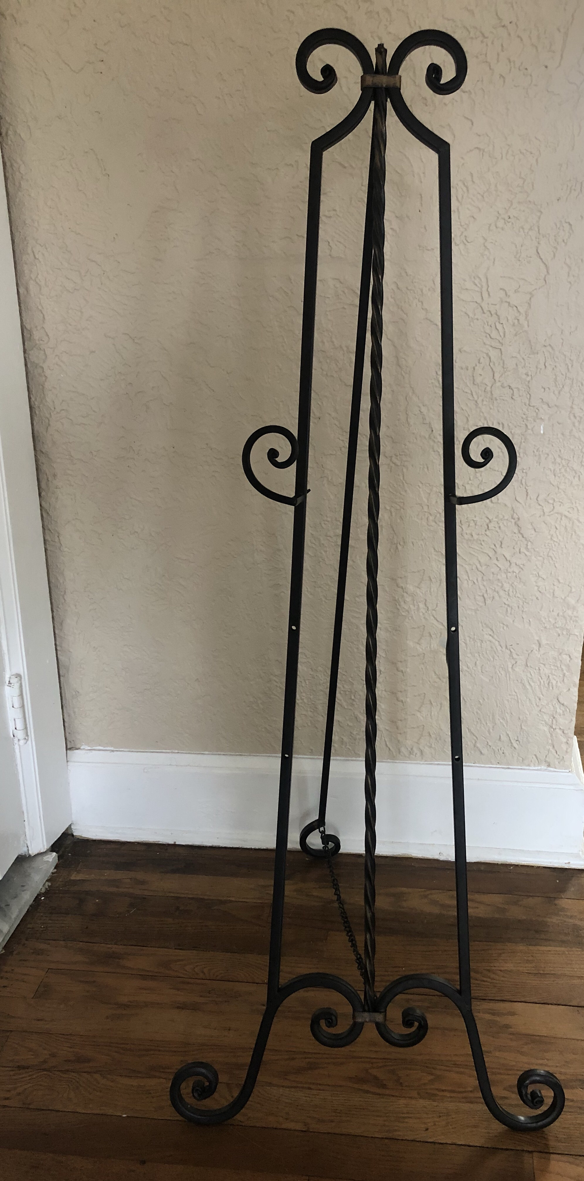 Black Wrought Iron Easel -