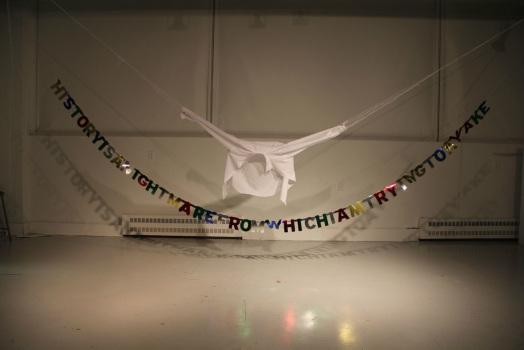 Sculpture installation, Happy Birthday Stephen, 2012, source, site de l'artiste.