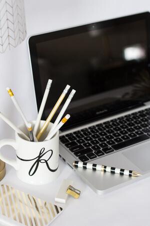styled stock photogarphy for women entrepreneurs (1).jpeg