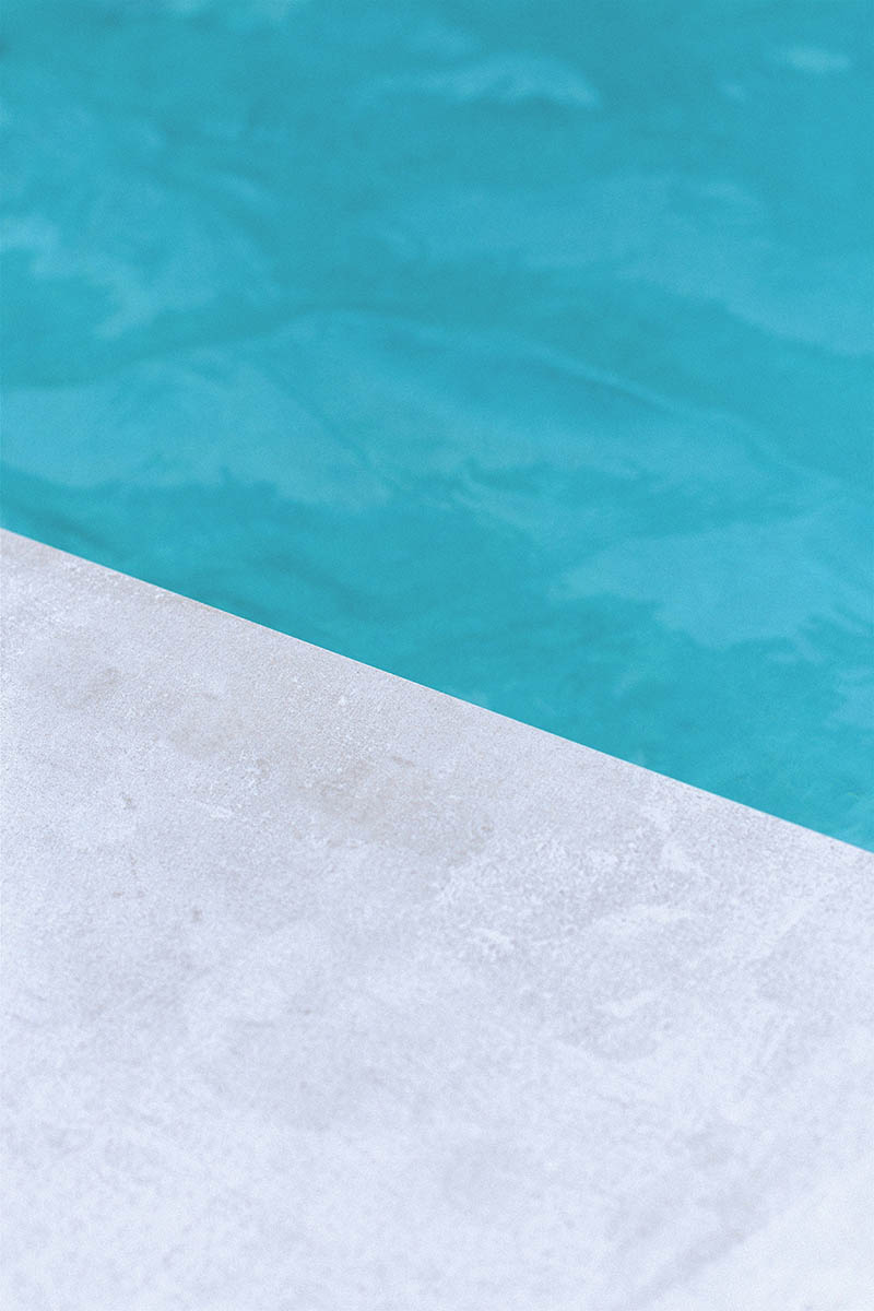 Pool+white_Coping_angle_Small.jpg