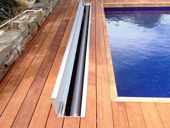 Downunder hidden pool cover roller