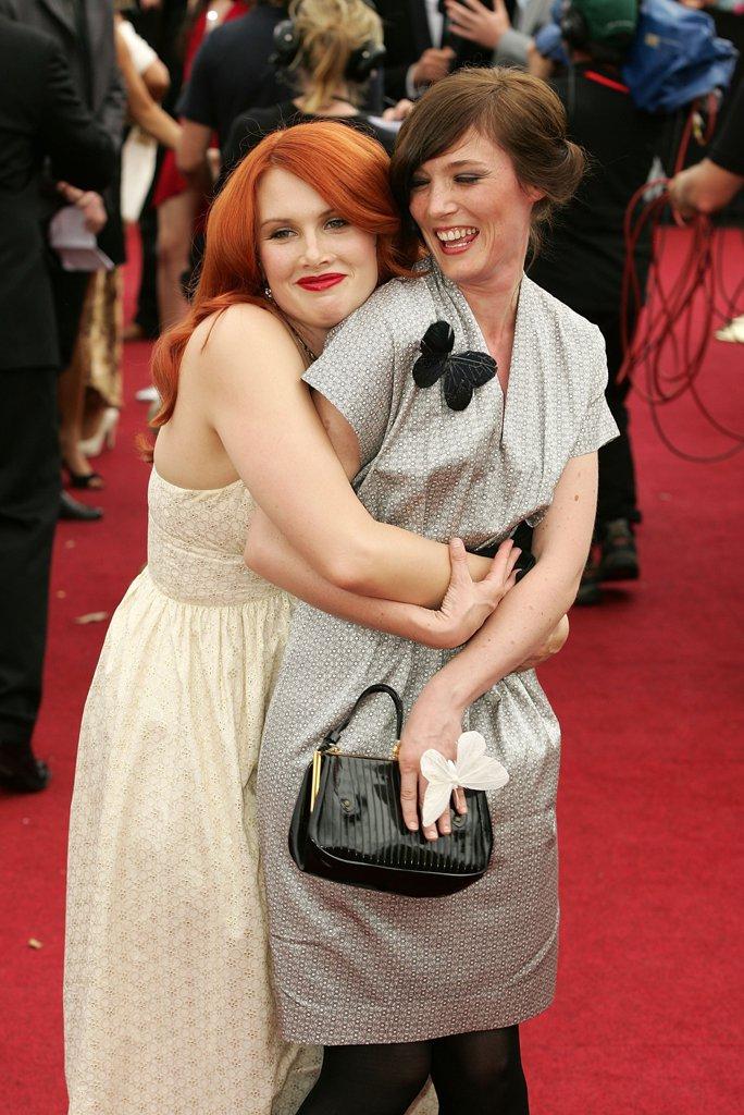 2007-Clare-Bowditch-Sarah-Blasko.jpg