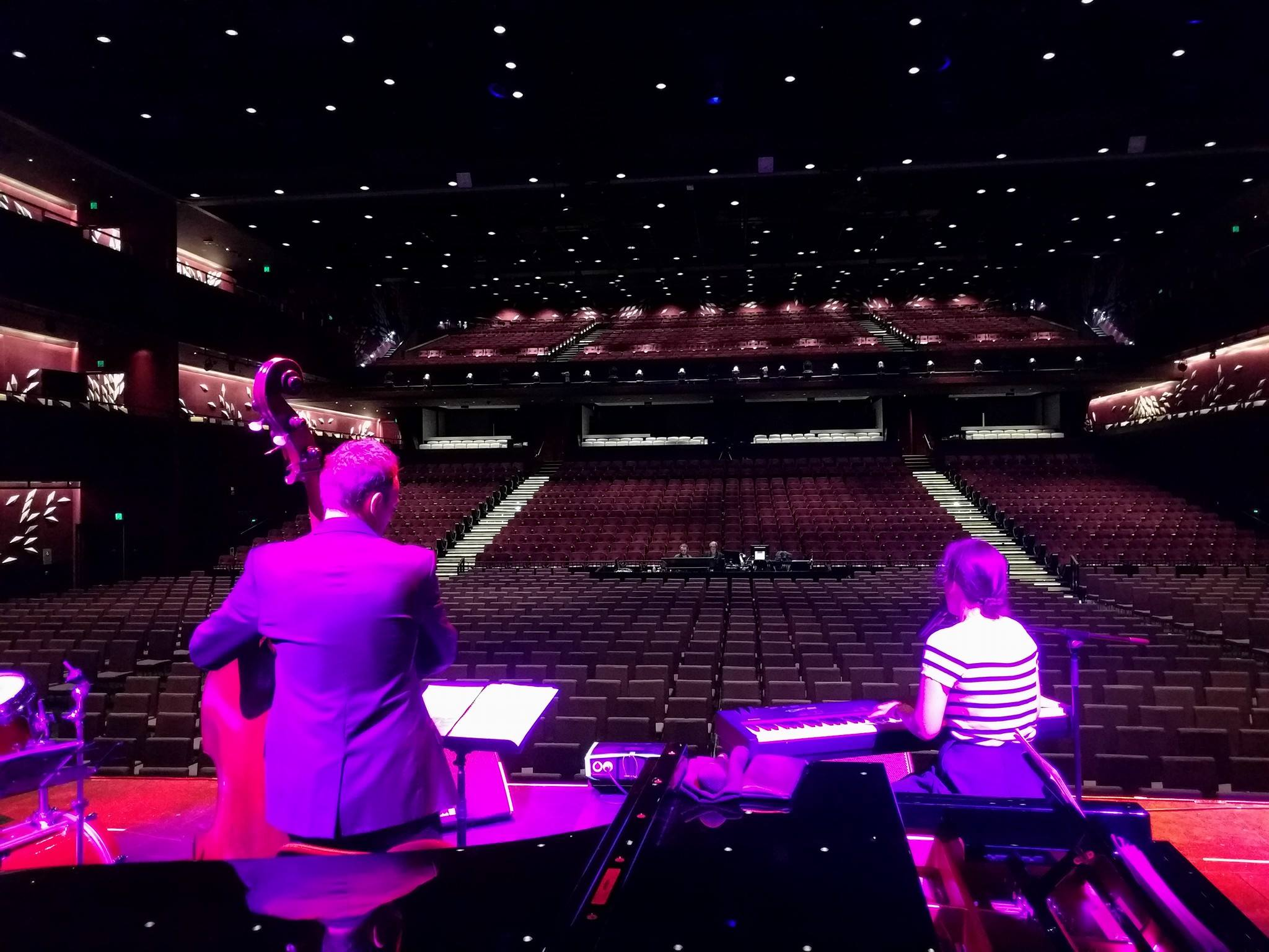 Frances Madden soundchecks at the Star, ready to open for Dionne Warwick