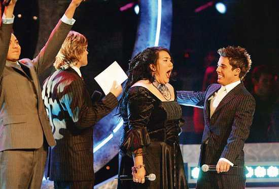 Casey wins Australian Idol .jpg