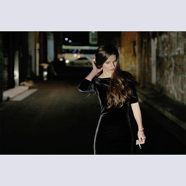 Born or bred? Imogen Clark on what makes a musician- this interview by by Fenella Henderson-Zuel. Up now at musiclove.com.au @musicloveau #musiclove @imogen__clark @triamor16 #imogenclark #collide #music #musicprofile #australianmusic #musicinterview #singersongwriter @diesel_music #diesel 💙😇⚪️💙😇⚪️