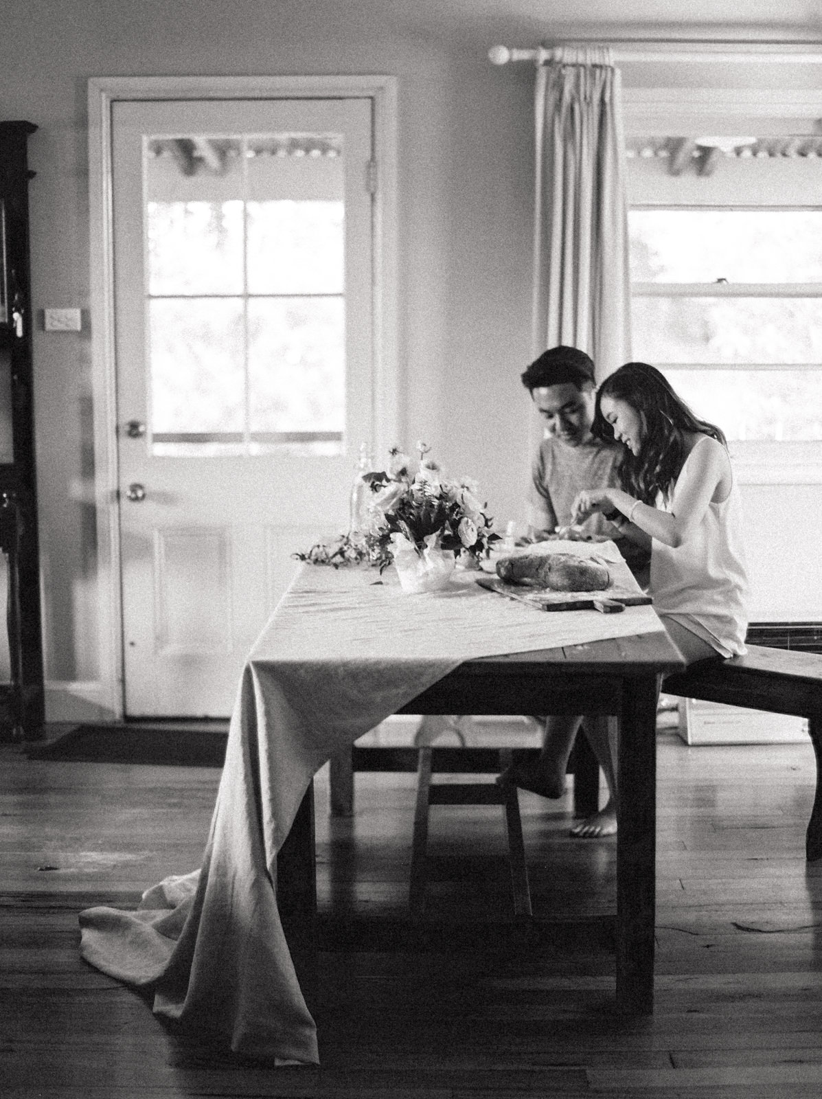 PHOTOGRAPHY:  WE ARE ORIGAMI  CREATIVE DIRECTION & STYLING:  SANDRA CHAU  FLORALS:  PORTER AND HUDSON  VENUE:  SUMMERLEES ESTATE