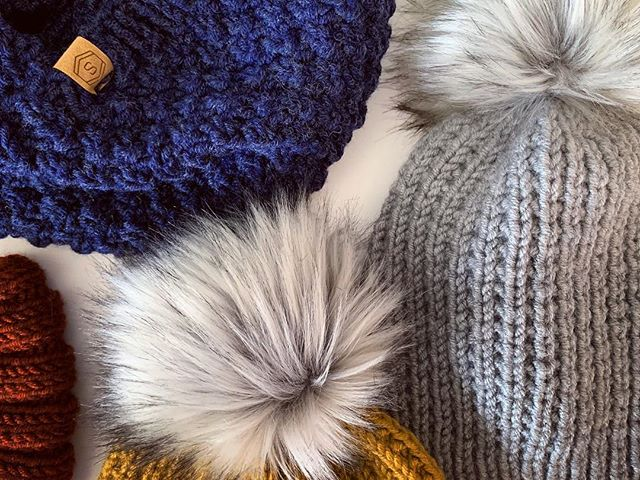 📢ATTN: Holiday Shoppers! Get a jump start on finding the perfect holiday gift for your loved ones—including yourself! ... Look for us at Hops & Holiday Shopping at @giesenbraubierco Sunday, Nov. 18 with a BIG batch of hand-knit hats, headbands, infinity scarves and cowls! ... Can't make it? Don't worry, we're always open on Etsy and are adding our faux fur hats (and more) next week! ... #giftideas #handmadeholiday #knittersofinstagram #blackfriday  #perfectgift #giftsforher
