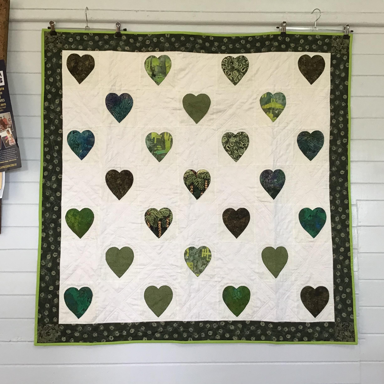 healing hearts quilt 8