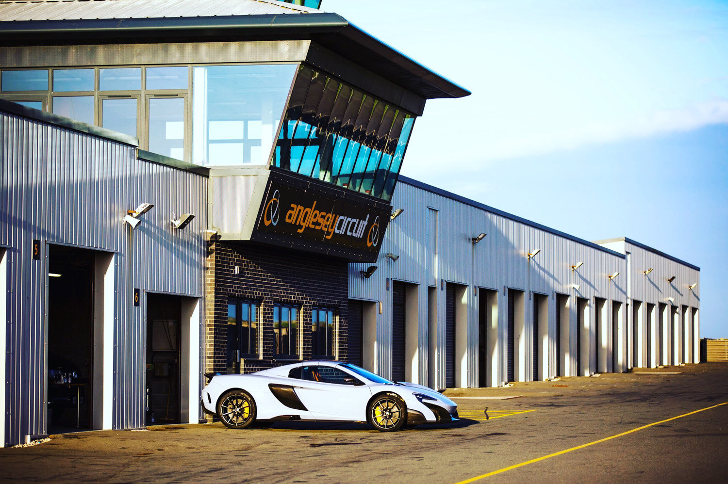 drone_filming_aerial_imagery_north_wales_drone_club_gt_mclaren_senna-7.jpg