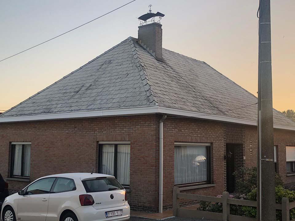 Herkleuren leien dak Kortrijk voor.jpg