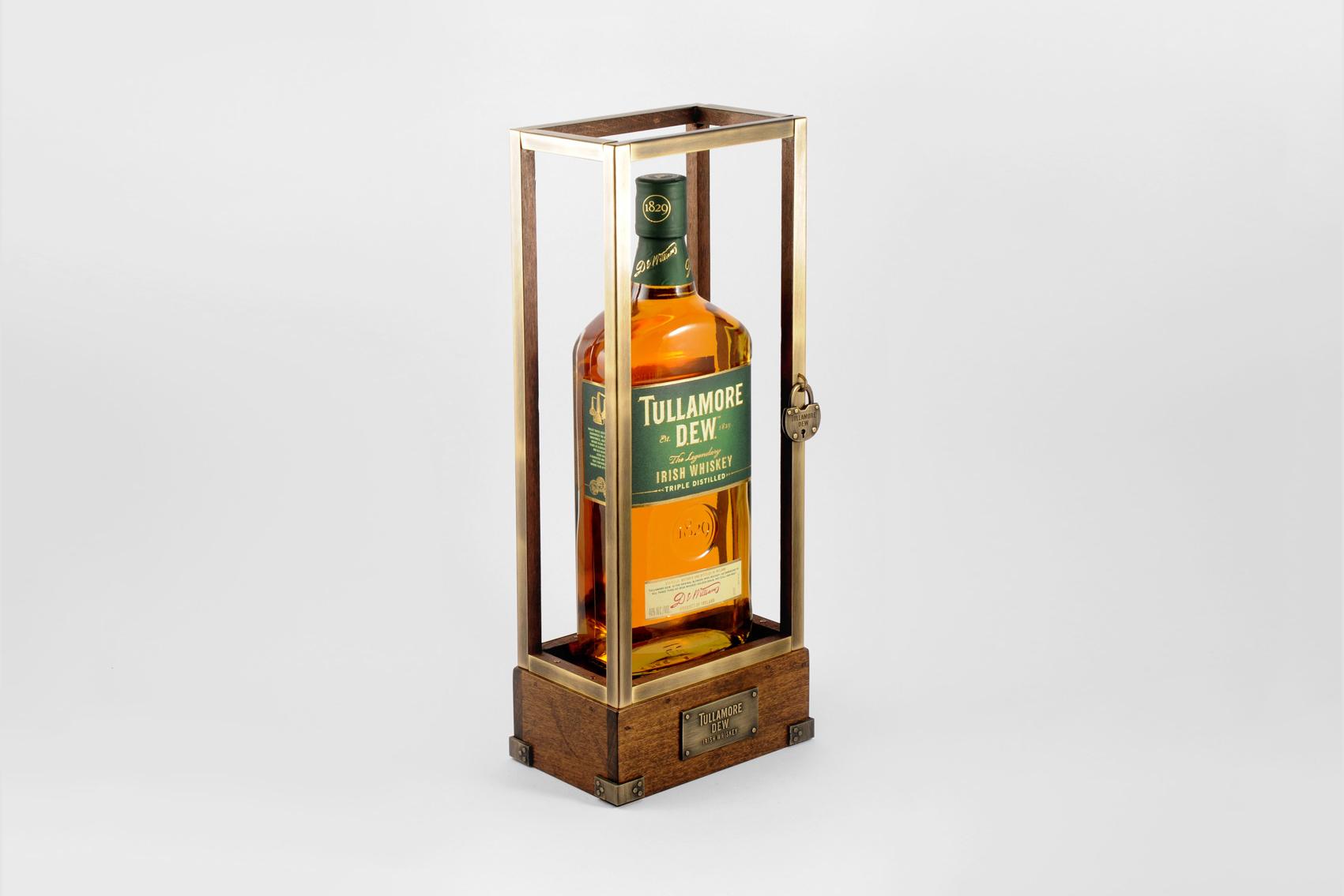 bottle_glorifiers_TullamoreDEW.jpg
