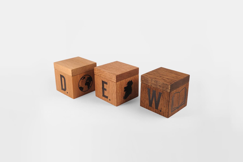 brand_ambassador_utensils_TullamoreDEW_wooden_box.jpg