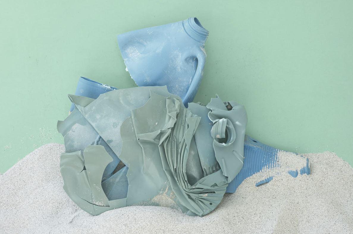 Plastic Ocean Blues by Thirza Schaap