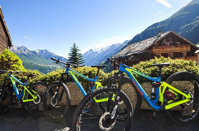 Aren't our rental bikes just beauties? Thank you BMC Switzerland for your support!  #ridebmc #29erenduro #swissalps #bikewallis #bikevalais