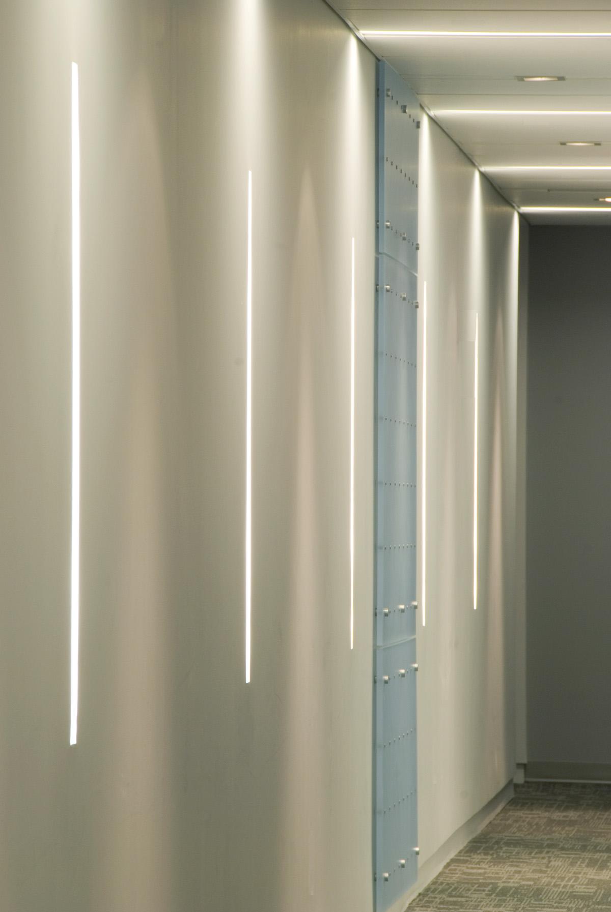 Linear Light Detail.jpg
