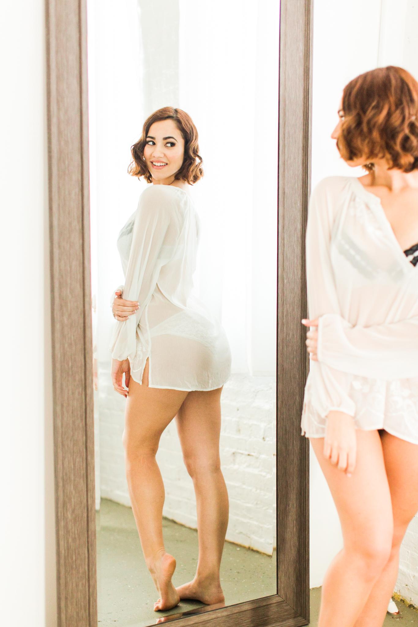 Bridal Boudoir - Shaina Lee Photography WEB-117.jpg