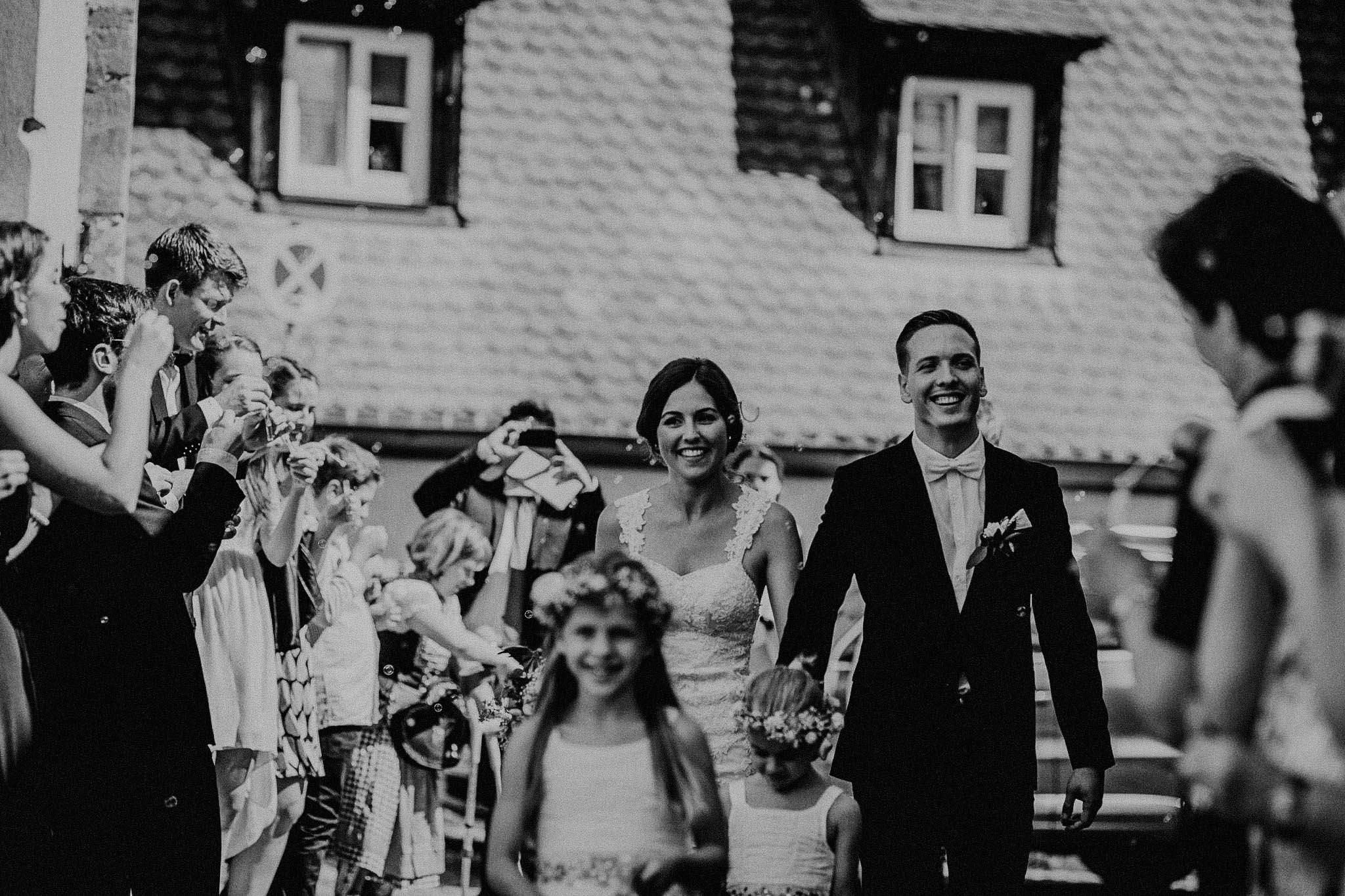 Lisa Philip Nürnberg Wendelstein Hochzeit Vintage-28.jpg