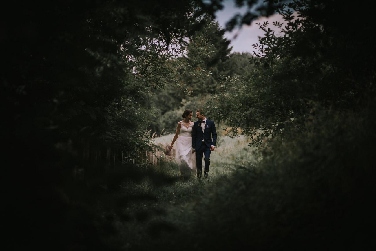 In-Love-with-a-Wolf-Hochzeitsfotograf-Erlangen-Atzelsberg-Nürnberg-Fürth-41.jpg